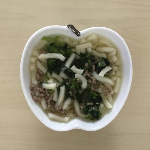 小松菜と牛ひき肉のうどん